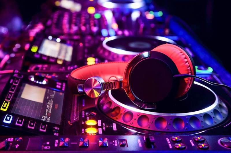 Red_DJ_Mix_C