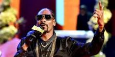 Snoop_Doggy_Dogg_1